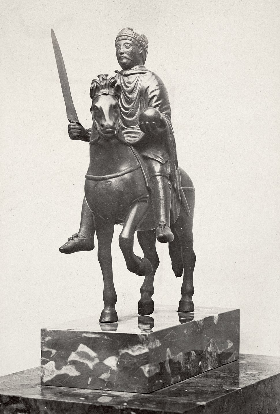 Charles Marville, H%C3%B4tel Carnavalet, statue of Charlemagne, ca. 1853%E2%80%9370