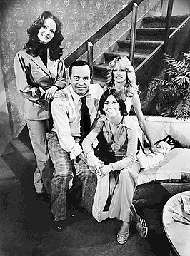 Cast van Charlie's Angels (1977) met Jacklyn Smith, David Doyle, Kate Jackson en Farrah Fawcett