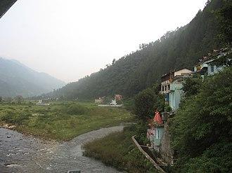 Chaukhutia - Chaukhutia town along the banks of Ramganga; Picture from Chaukhutia bridge
