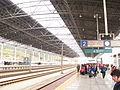 Chenzhouweststation platform.JPG