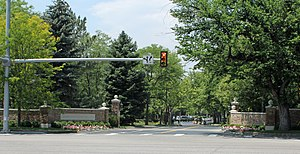 Cherry Hills Country Club - Entrance on University Boulevard.