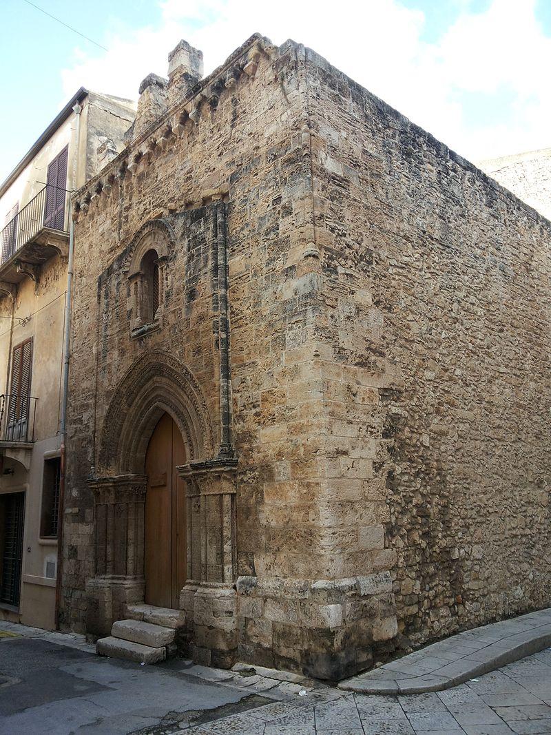 Chiesa di San Tommaso (Alcamo) - Vista laterale.jpg