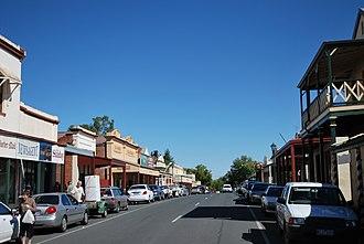 Chiltern, Victoria - Main street