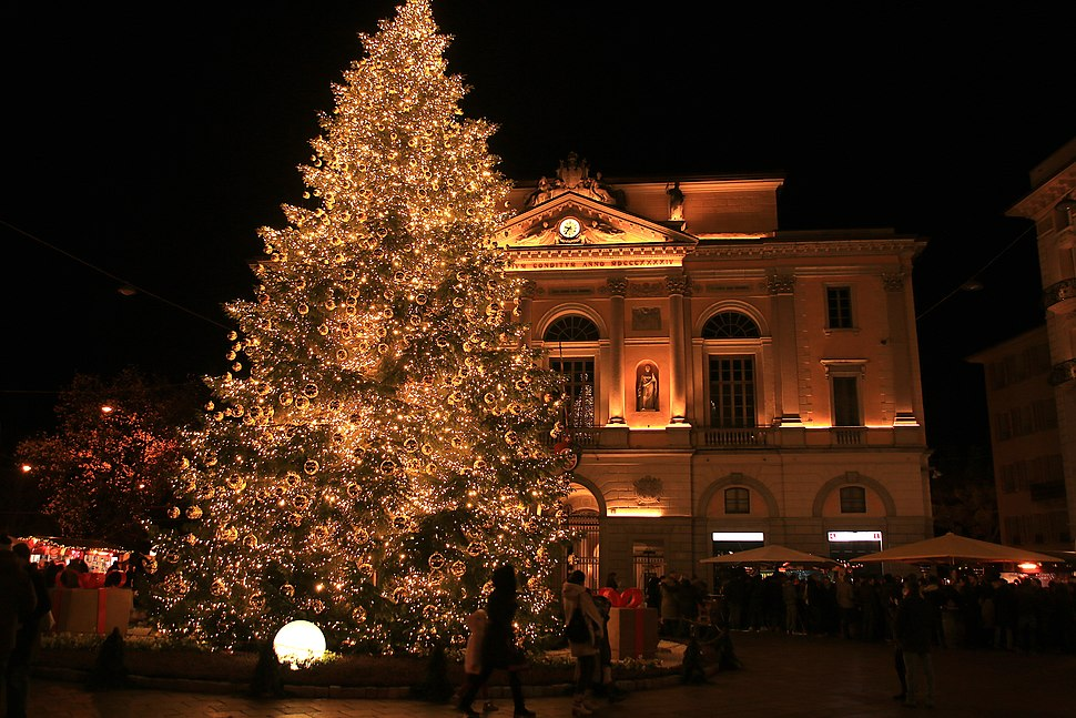 Christmas tree in Lugano (2018)