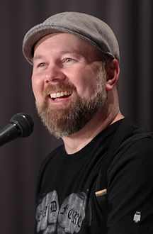 Christopher Sabat by Gage Skidmore.jpg
