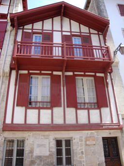 Ciboure (Pyr-Atl,Fr) maison natale Michel de Salaberry, pionnier du Quebec