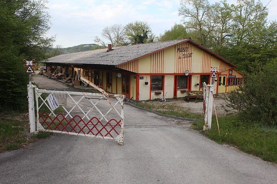 Le musée du tacot à Cléron (Doubs).