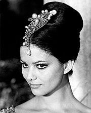 Claudia Cardinale 1963b.jpg