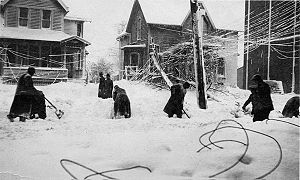 Great Lakes Storm of 1913 - Cleveland after the blizzard