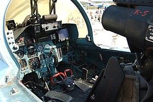 Cockpit of Sukhoi Su-33 (2).jpg