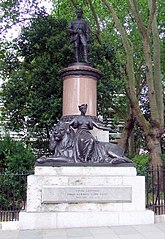 Statue of Colin Campbell, 1st Baron Clyde