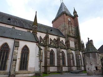 Niederhaslach Church - Image: Collégiale Saint Florent de Niederhaslach from cemetery