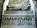 Composizione di sarcofagi trecenteschi 02 giovanni d'angiò duca di durazzo di tino di camaino (m. 1335).JPG