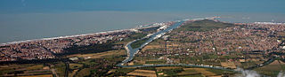 Comune di Fiumicino and the Tiber River, near Rome.jpg