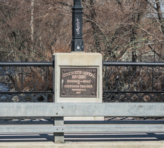 West Broadway Bridge bridge in United States of America