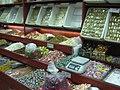 Damaskus, Süße Spezialitäten für den Import von Chez 'Olabi (37819347075).jpg