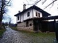 Das Dorf Boshentzi ist ein nationales Architeturreservat am bewaldeten Nordhand des Stara-Planina-Gebirges - panoramio (2).jpg