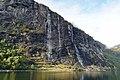 De syv søstrene (Seven Sisters) fall Geiranjer fjord 10 2018 3390.jpg