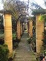 Derek Garden Centre 07.jpg