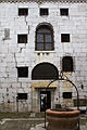 Doge Prison Courtyard (7254962002).jpg