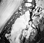 Dogshead and Capps Glaciers, mountain glacier at the center with firn line, edge of valley glacier, hanging glaciers and other (GLACIERS 6440).jpg