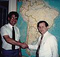 Dr. Jorge Bellet (EPROM) y Dr. Harry Garland (Cromemco) en 1986.jpg