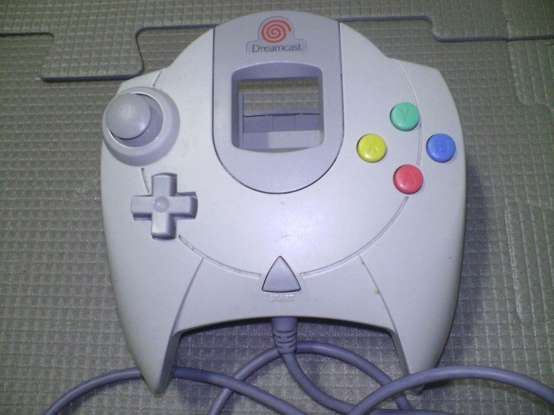 http://upload.wikimedia.org/wikipedia/commons/thumb/9/95/Dreamcast_Controller.jpg/800px-Dreamcast_Controller.jpg