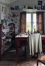 Dylan Thomas Writing Shed, Laugharne.jpg