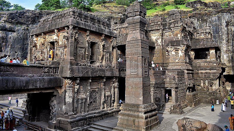 Ajanta and Ellora Caves, Places To Visit In Aurangabad