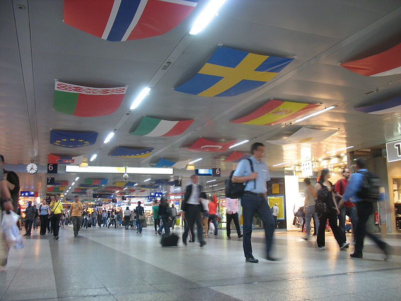 File:ESC 2011 Flags at Duesseldorf Central Station.jpg