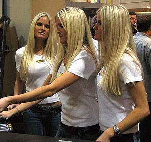 Nicole, Erica and Jaclyn Dahm - Dahm triplets at trade show in 2005