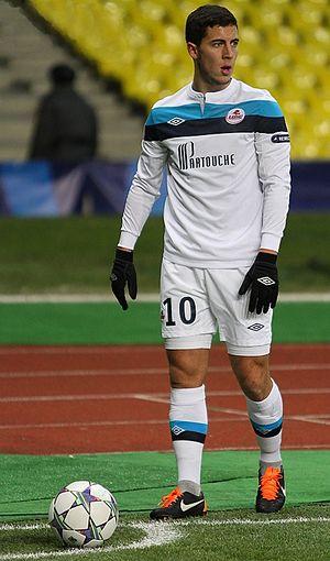 Eden Hazard - Hazard taking a corner kick for Lille in 2011