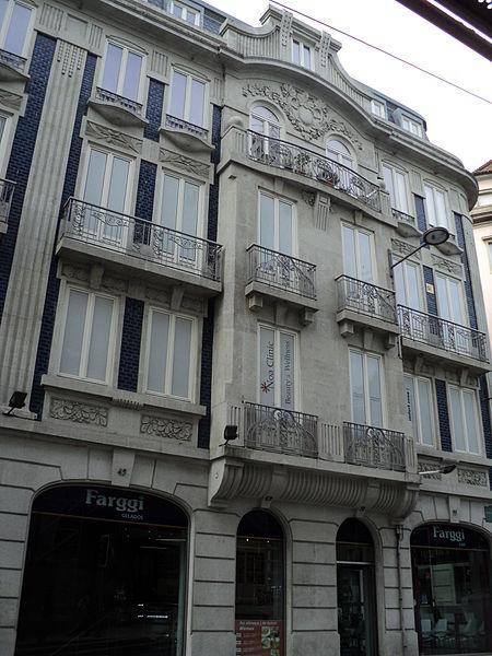 File:Edifício da Rua de Elísio de Melo, 49.JPG