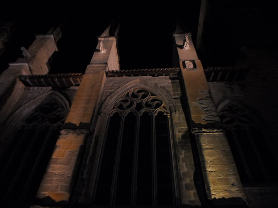 Eglise Saint-Antoine-l'Abbaye by night 38160 PA38000020 VAN DEN HENDE ALAIN CC -BY-SA 4 0 050206