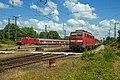 Emmerich 111-101-2 op weg naar Koblenz als RE5 en 111-009-7 weekendrust RB35 (14251309190).jpg