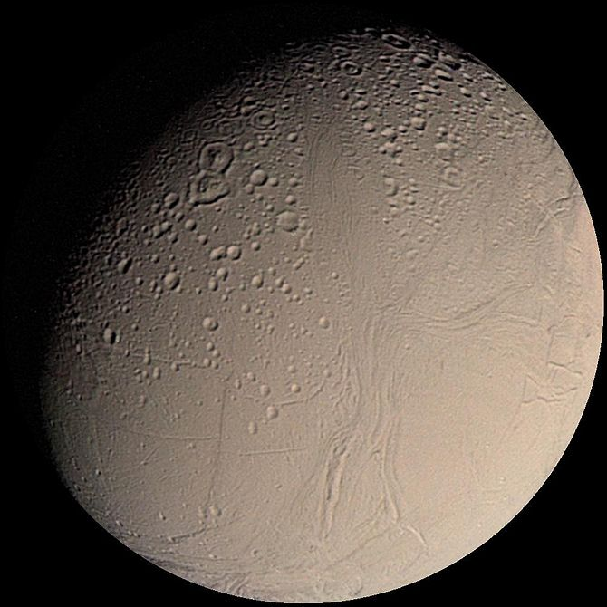 Figure 1: Enceladus as seen by Voyager 2, Augu...