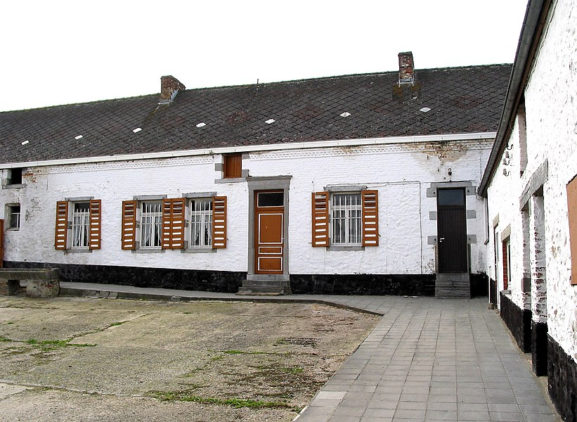 Estinnes-au-Val  (Belgium rue de Maubeuge, 15 – Main Building of the Plumet Farm (1812)