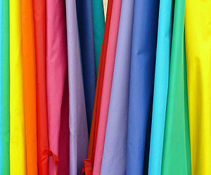 English: Rainbow colored Fabric hanging verticle