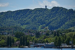 Felsenegg - Felsenegg, Zürich-Wollishofen in the foreground