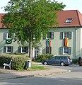 Flaggentag in der Raschigstraße - panoramio.jpg