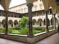 Florencia - Patio - Flickr - dorfun.jpg