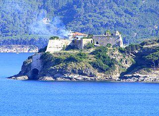 Capo Focardo Lighthouse lighthouse in Italy