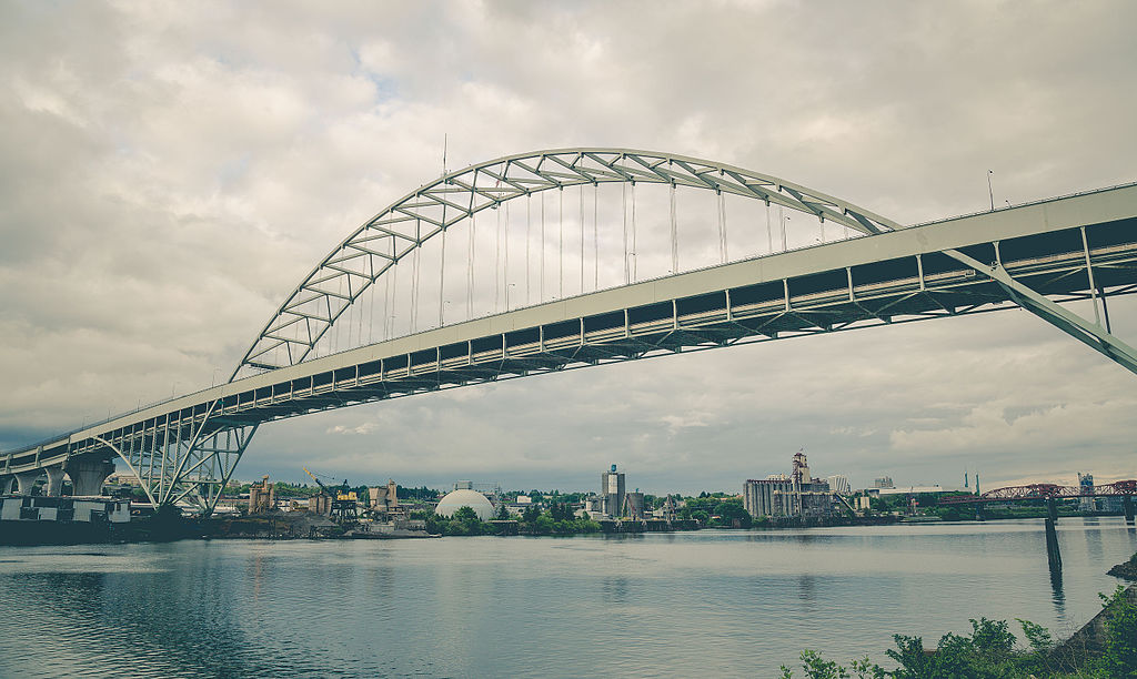 Fremont Bridge Portland Oregon (20149765411)