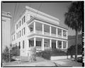 GENERAL VIEW, FROM SOUTHWEST - 64 Hasell Street (House, ca. 1840), Charleston, Charleston County, SC HABS SC,10-CHAR,294-1.tif