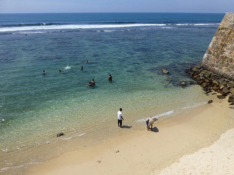 File:Galle-Beach (2).jpg