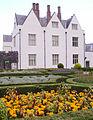 Garden Castle St Fagans 01.JPG