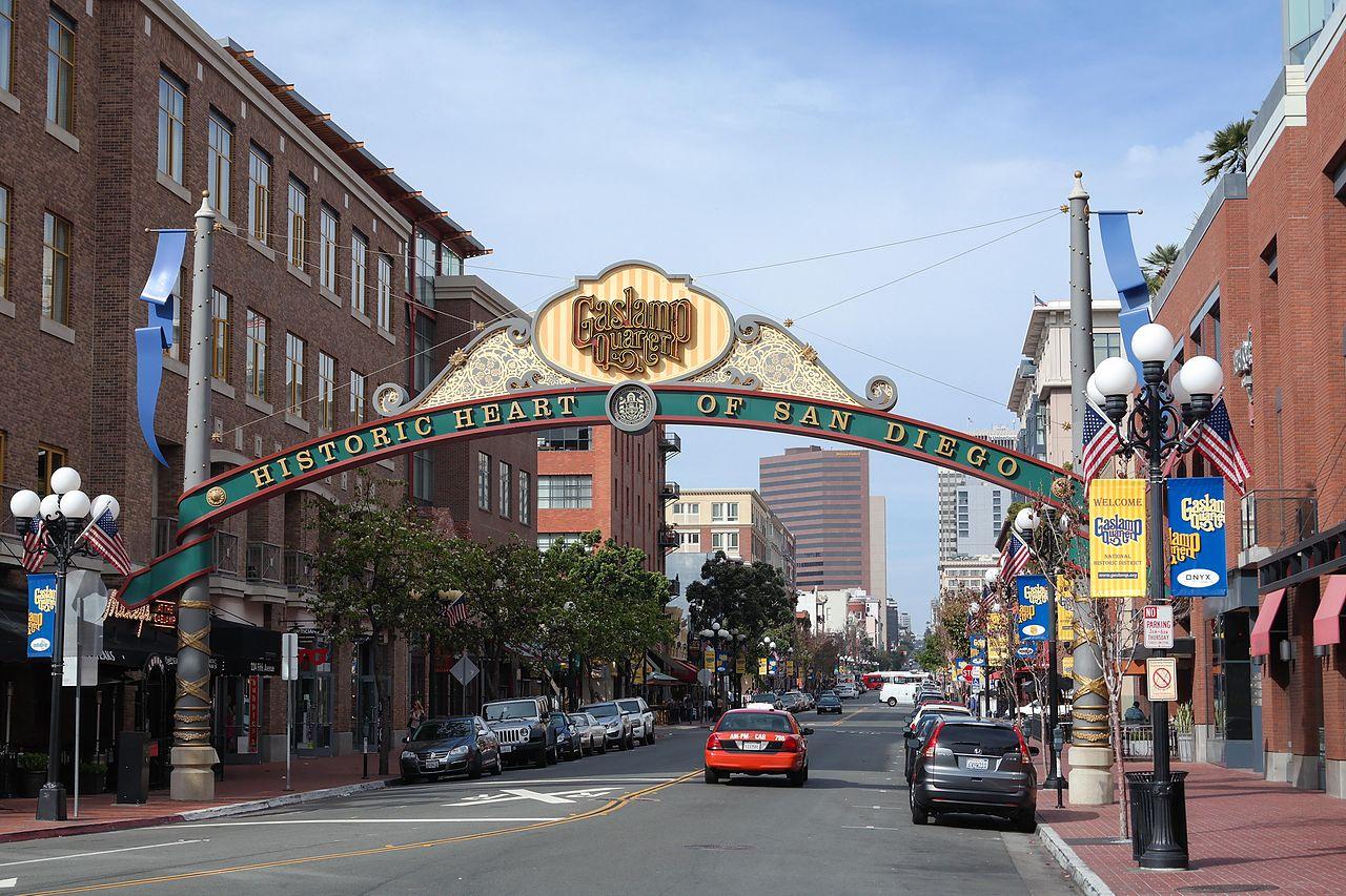 File:Gaslamp Quarter, San Diego-1.jpg - Wikimedia Commons