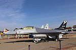 General Dynamics F-16 FIghting Falcon 6.jpg