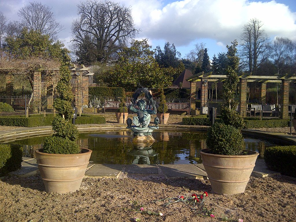 File:Golders Hill Park in London Borough of Barnet.jpg