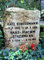 Grabstein Stresemann Käthe.jpg
